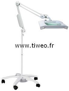 Förstoringsglas lampa på fot för läkare, elektroniska