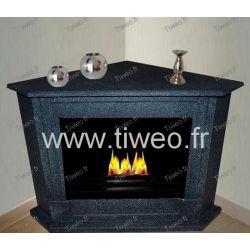Lareira de etanol de granito escuro de ângulo