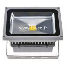 Potente proyector led 50W blanco caliente