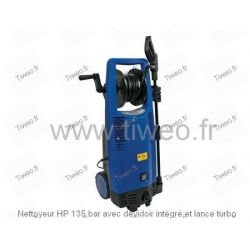 HP 135 bar cleaner with integrated hose reel and turbo lance